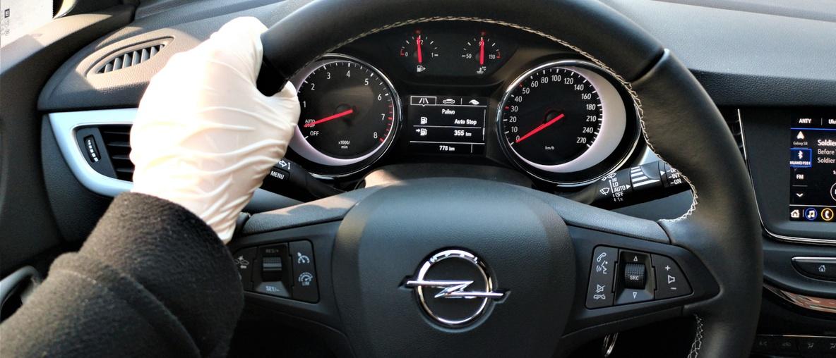Jak bezpiecznie korzystać z samochodu podczas pandemii?