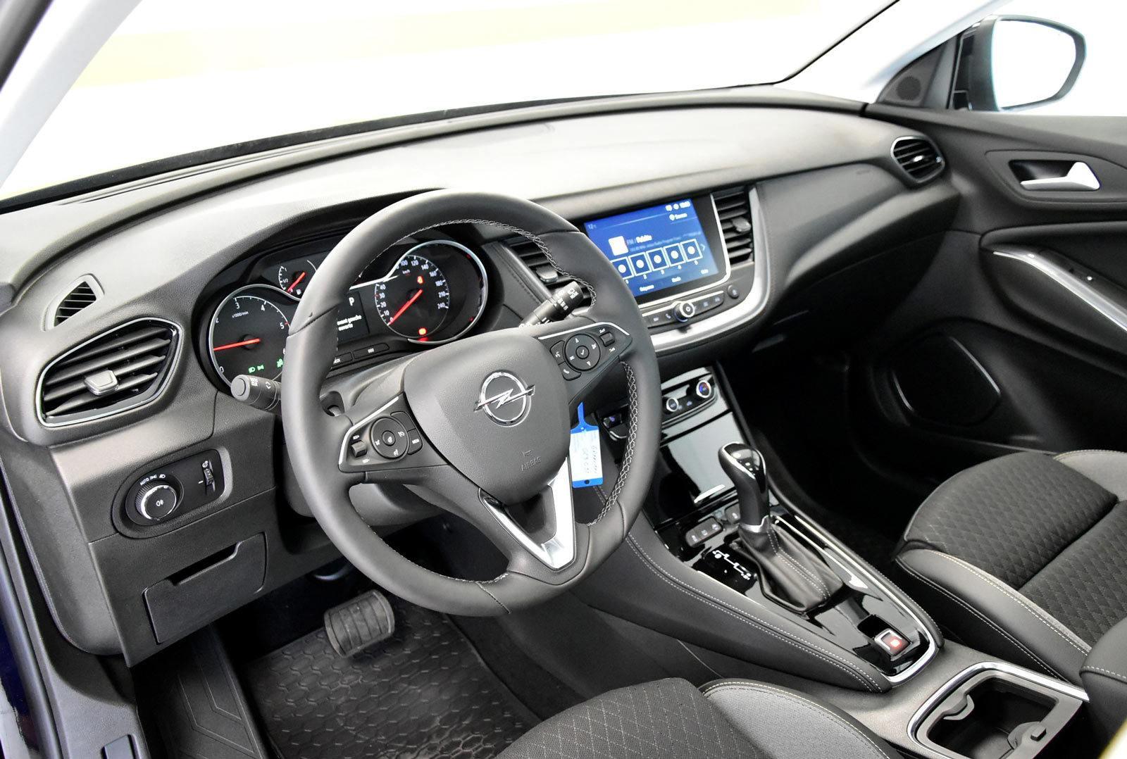 Deska Opel Grandland X