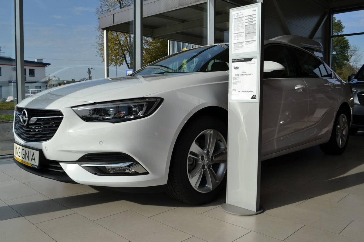 Insignia w salonie Opel