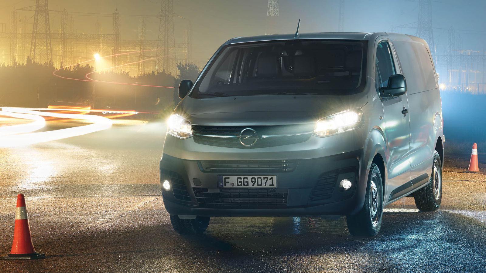 Mokra nawierzchnia, Opel Vivaro 4x4