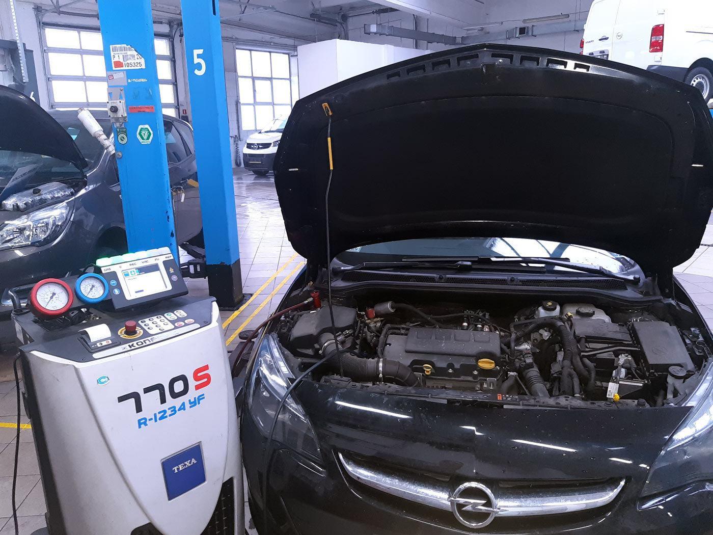 Serwis klimatyzacji Opel Astra