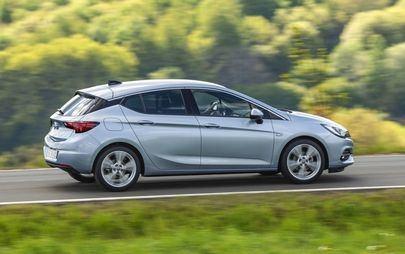 Wysoka kultura pracy: Opel Astra z wydajną przekładnią bezstopniową