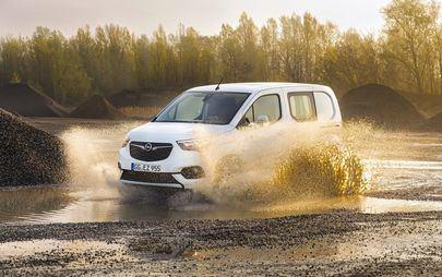 Terenówki: Opel Combo Cargo i Opel Vivaro z napędem na wszystkie koła