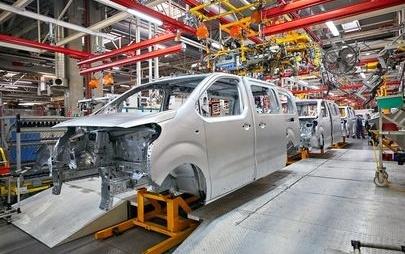 Opel wraca do Rosji: Zafira Life i Grandland X już u dealerów