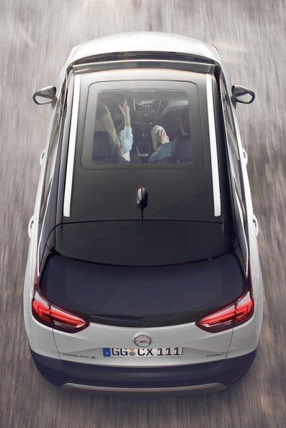 Letnia oferta Opla: Crossland X dostępny teraz już za 59 900 zł[1] Wirtualny Salon Opla: oferta samochodów dostępnych od ręki
