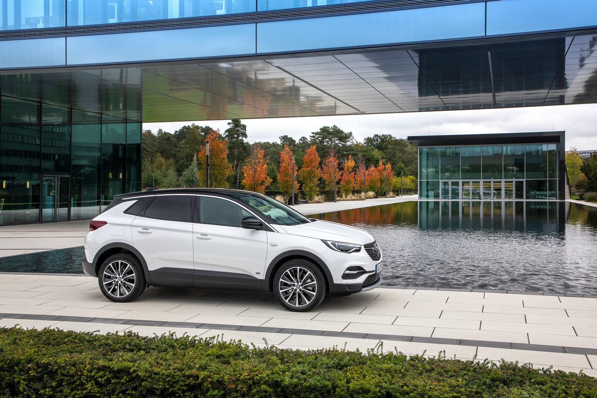 Nowy elektryczny Opel Grandland X