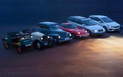 Najlepsza widoczność w każdej sytuacji: Opel Astra z reflektorami matrycowymi IntelliLux LED®