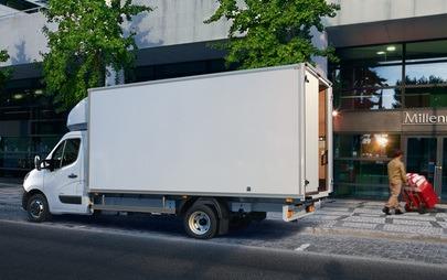 Od minibusa po wywrotkę: Opel Movano do niemal każdego zadania