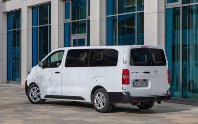 Nowy Opel Vivaro Kombi: przyjemna podróż